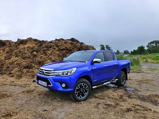 Toyota Hilux Review Offroad