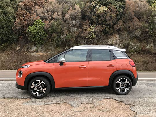 A review on the new Citroen SUV crossover; the C3 Aircross full of character and comfort.