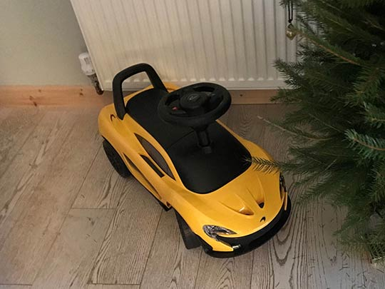 The new McLaren 720S comes with a hefty price, but a mini kids toy version is available and is perfect for Christmas