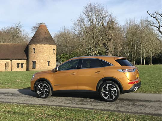 Motoring journalist, Sue Baker, reviews the new French SUV, the DS7 Crossover